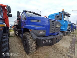новая автоцистерна УРАЛ 4320-6952-72Е5Г38