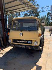 бортовой грузовик BEDFORD TK