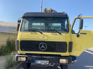 грузовик шасси MERCEDES-BENZ 2426