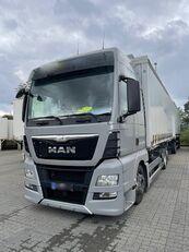 контейнеровоз MAN TGX 25 520