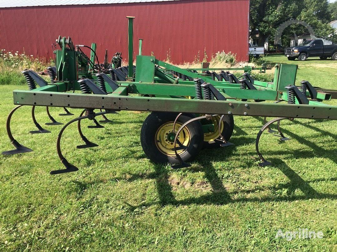 культиватор JOHN DEERE 960 6,7 м В НАЛИЧИИ из США, для трактора 130 сил, из США