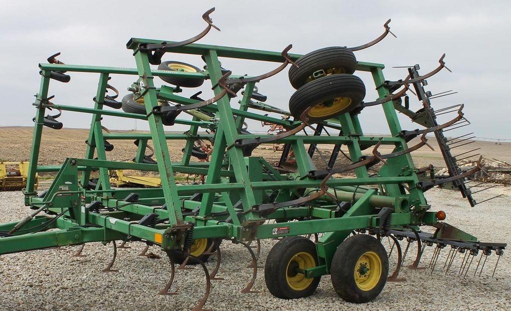 культиватор JOHN DEERE 980 7,5 м, в наличии в Киеве культиватор из США, для трактора 15