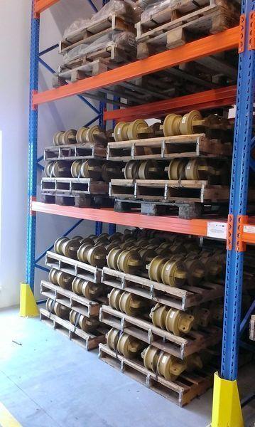каток опорный HITACHI цепь, направляющие колеса для экскаватора HITACHI 120,130,135,160,180,200,210,225,240,250,300,330,350